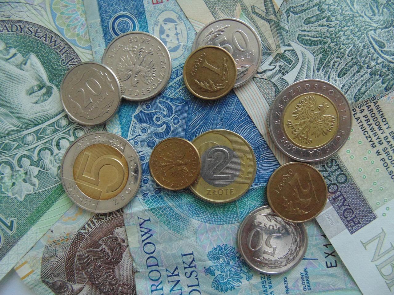 Wydatki w każdym wieku – pożyczki i chwilówki od 18 lat