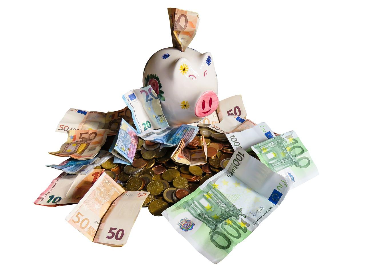 Czy warto odkładać pieniądze na lokacie?